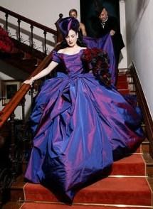 dita_von_teese_bridal_dress[1]