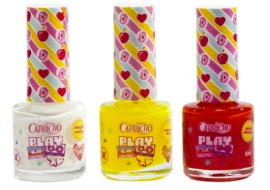A parceria da Aeger Perfumes e Cosméticos com a Capricho lança o kit Neon Your World. O conjunto possui duas cores flúor vibrantes, amarelo e rosa, mais um esmalte branco para ser passado como base e destacar a cor que vai por cima dele. Preço R$ 19,90 (sujeito a alteração)