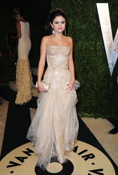 Selena Gomez de Versace