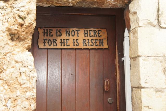 Fui até Israel e tive a chance de ver que ele realmente não está lá. #GodILoveYou