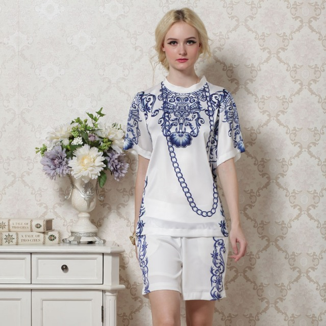 Free-Shipping-2013-summer-women-s-fashion-t-blue-and-white-porcelain-silk-print-twinset-t