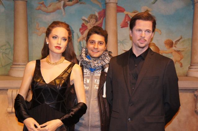 Sr e Sra, Angi e Brad
